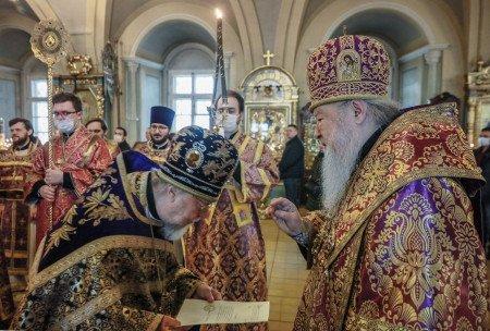 Божественная литургия в Новодевичьем монастыре