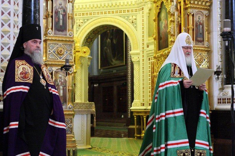 такие быстрые фото викария московской епархии встретили