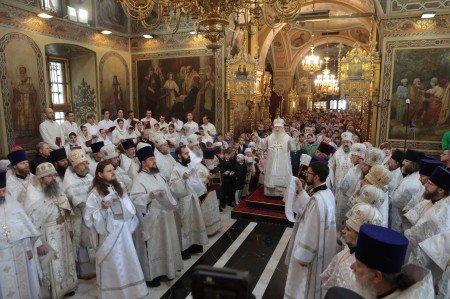 Божественная литургия в Троицком соборе города Подольска
