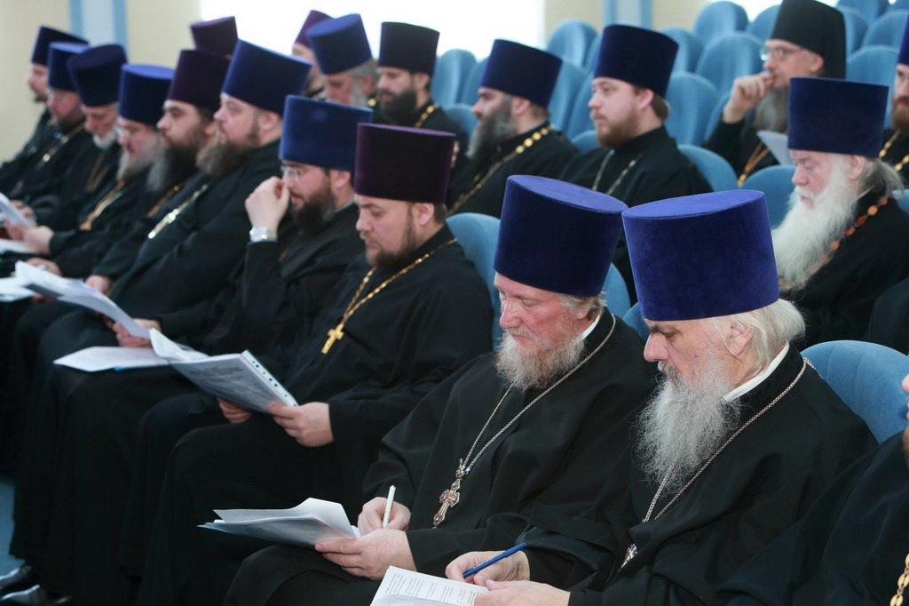 фото викария московской епархии капкейки насыщенного